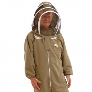 bee suits 019_square_upper