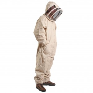 fencer_bee_suit_square